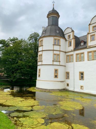 Schloß Neuhaus...