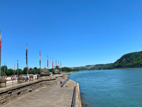 Die Mosel fließt in den Rhein...